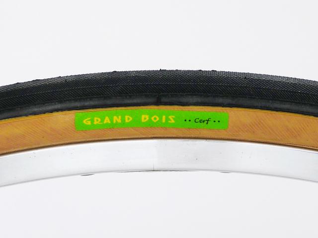 グランボア セールヴェルテ 700×28C