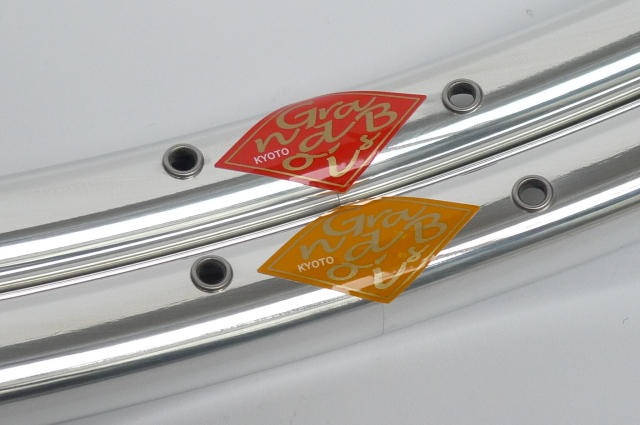 グランボア リム パピヨン 700C  36H